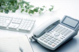 ビジネスフォン、パソコン